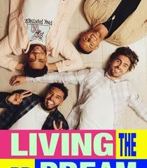 Picture MTV's Living the Dream Episode 1
